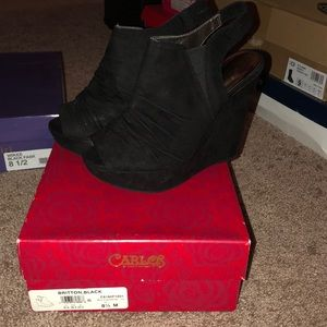 Carlos Britton black heels wedge